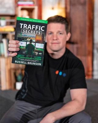 Russell Brunson libro Secretos del Tráfico